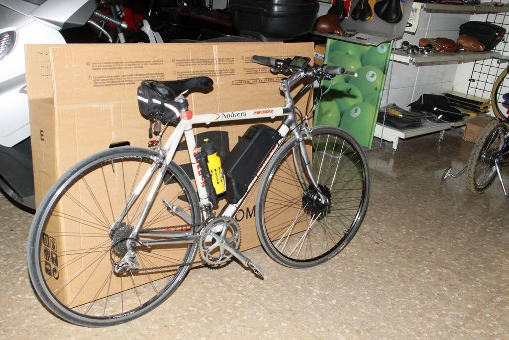 Bicicleta Mendiz transformada en bicicleta eléctrica