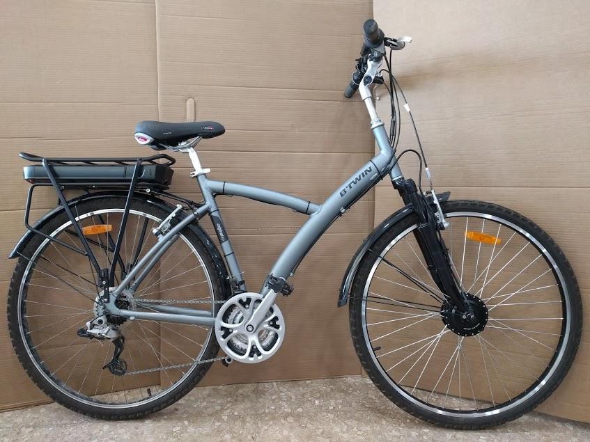 Bicicleta b'twin transformada en bicicleta eléctrica