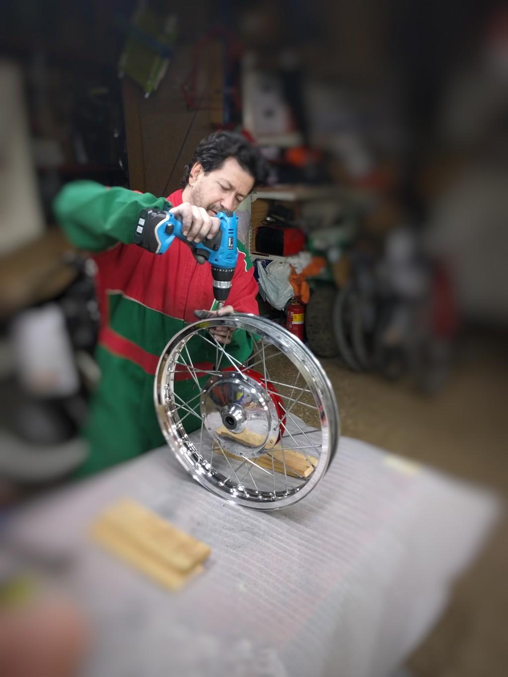 Especialista en Enradiado ruedas