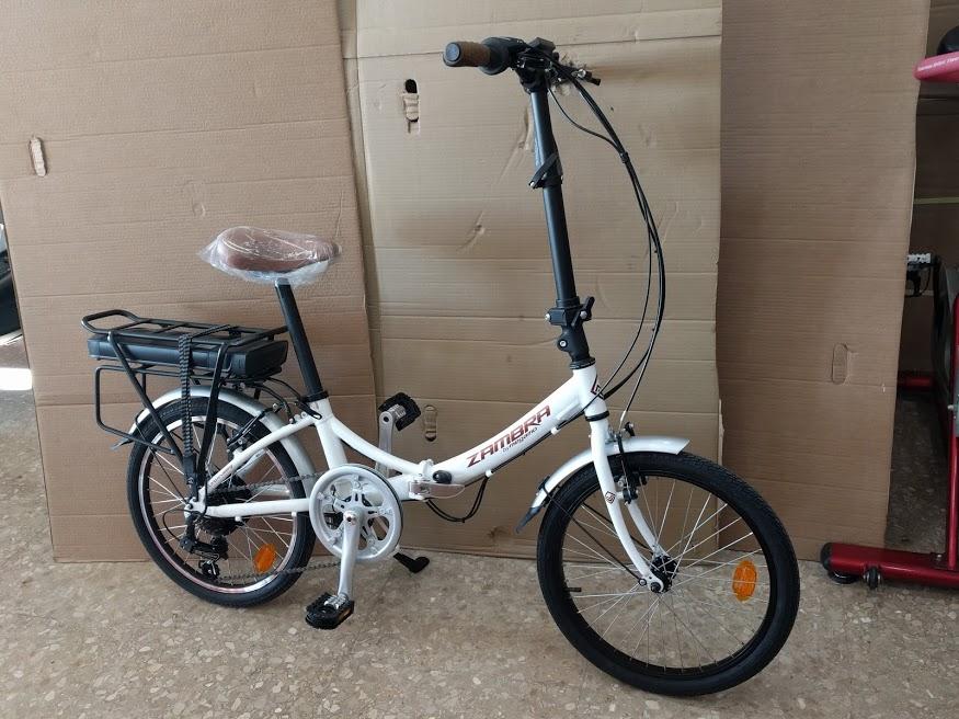 Bicicleta Plegable transformada en bicicleta eléctrica